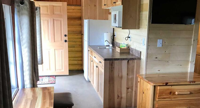 Ashton Log Cabin Rentals - Cabin 8 Kitchenette